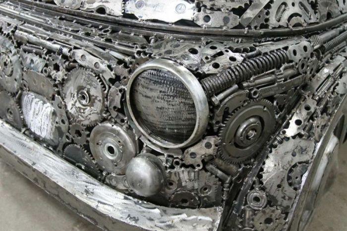 Автомобили, созданные из металлолома