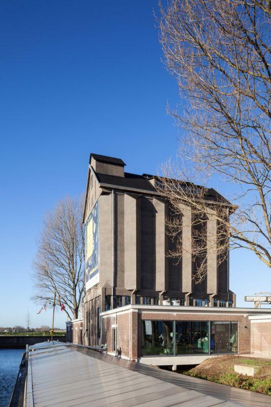Реконструкция старинного зернохранилища