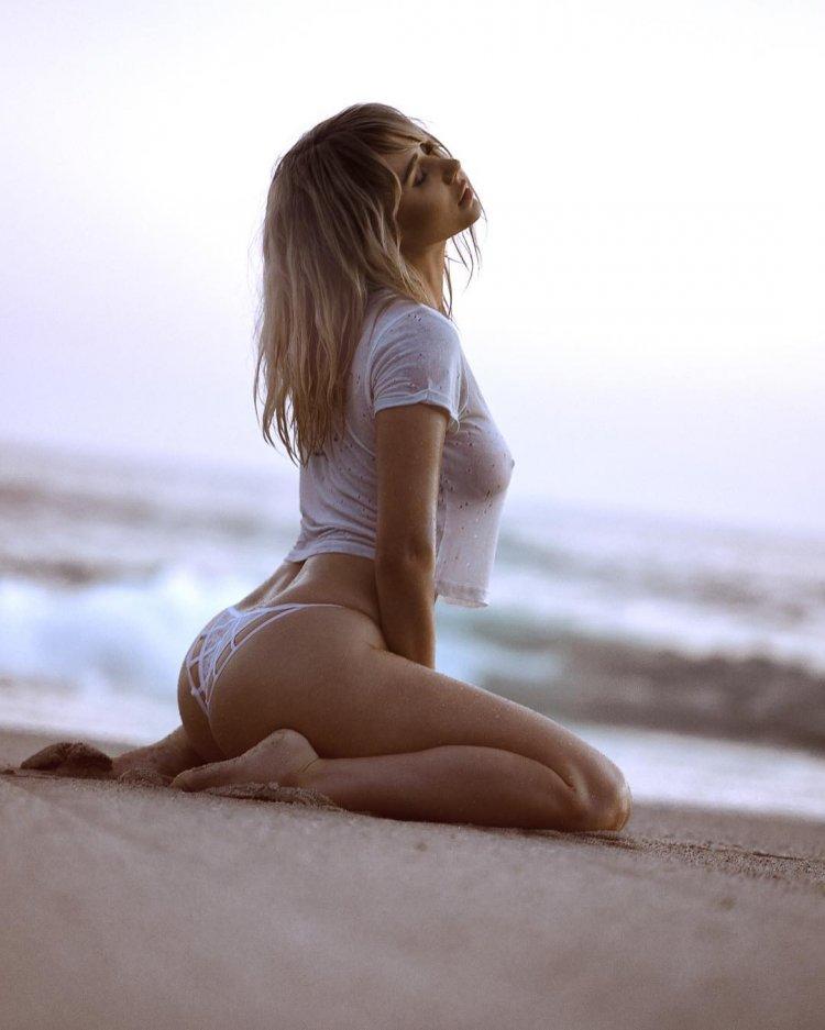 Female porn stars bikini