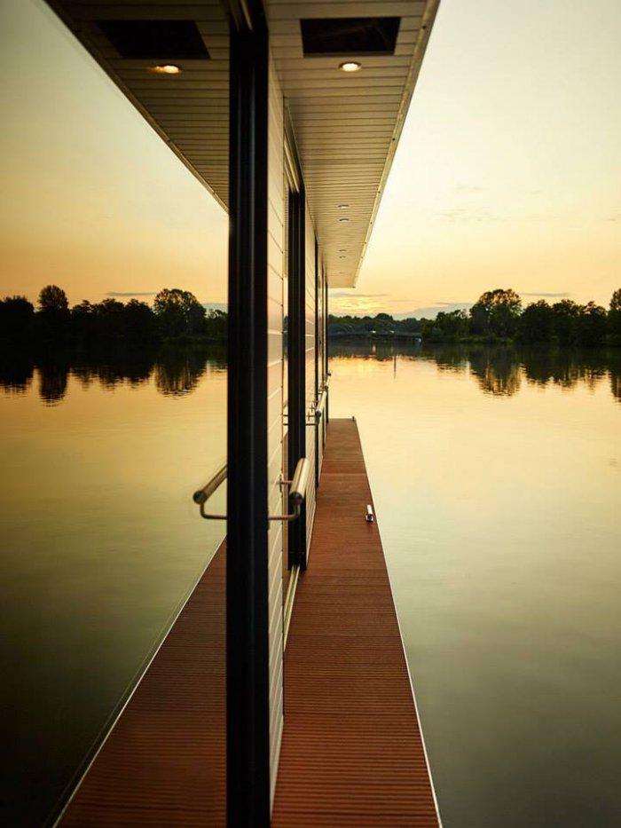 Rev House – элитный плавающий пентхаус