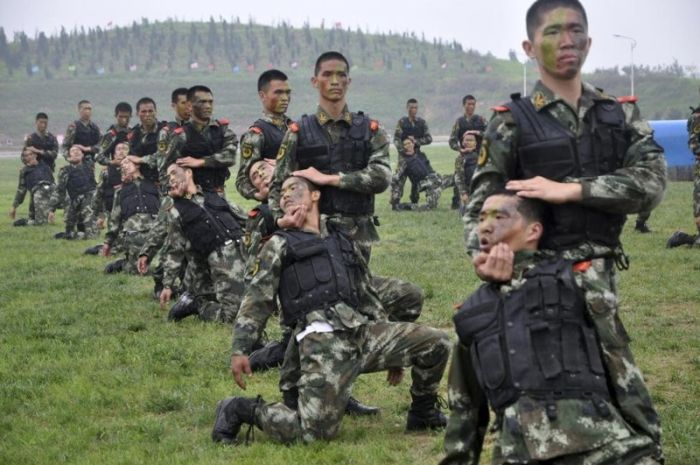 Тренировки в китайской армии