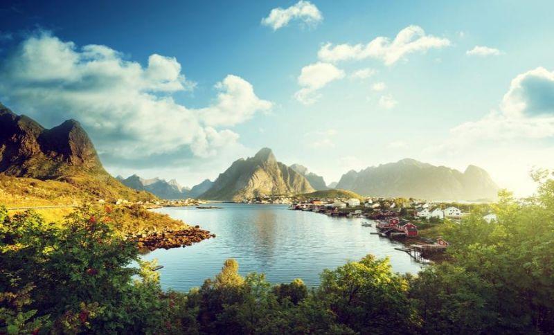 10 стран, где живут самые счастливые люди
