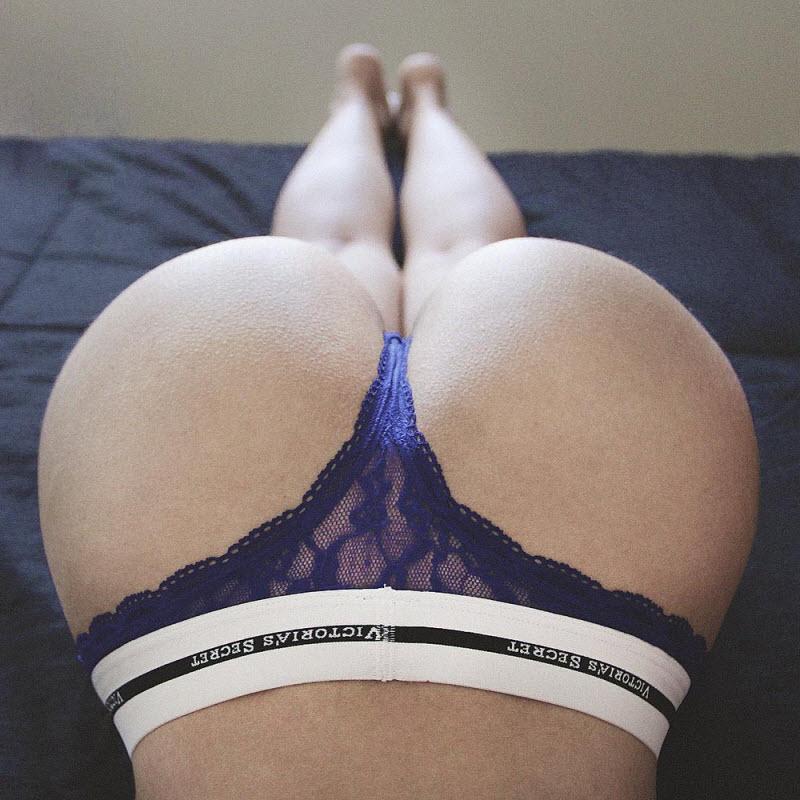 Сексуальные девушки: вид сзади