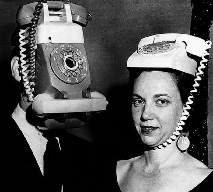 Как люди ждали мобильных телефонов