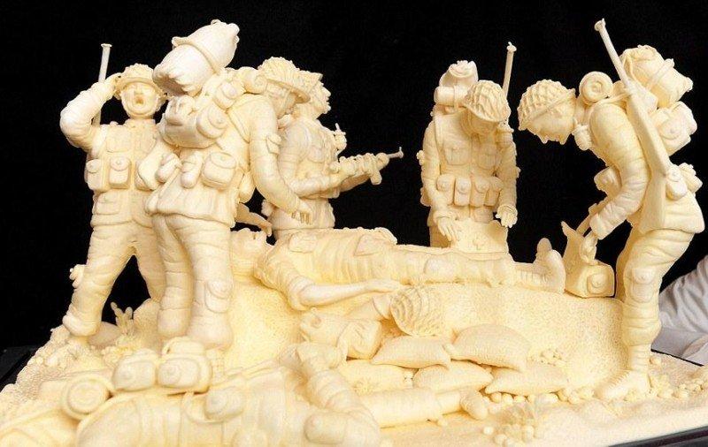 Крутые скульптуры из масла