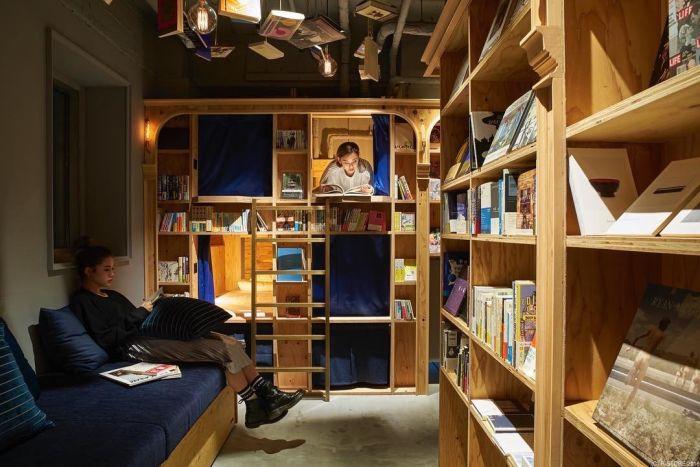 Книжный хостел в Японии
