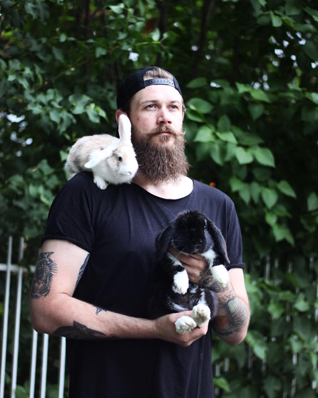 Красивые бородатые мужчины, мимо которых невозможно спокойно пройти