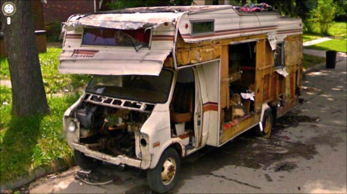Необычные и забавные фотографии от Google Street View
