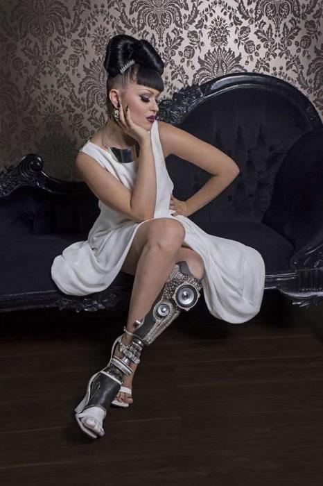 Другие части тела: стильные протезы вместо конечностей