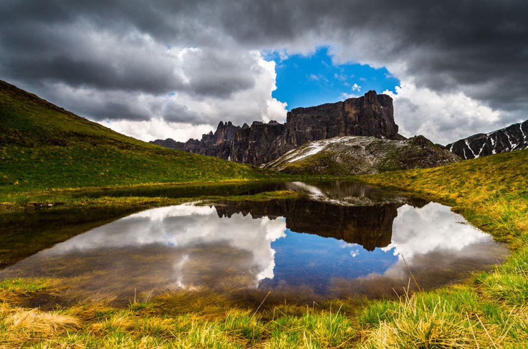 Между землей и небом: удивительные озера и горы