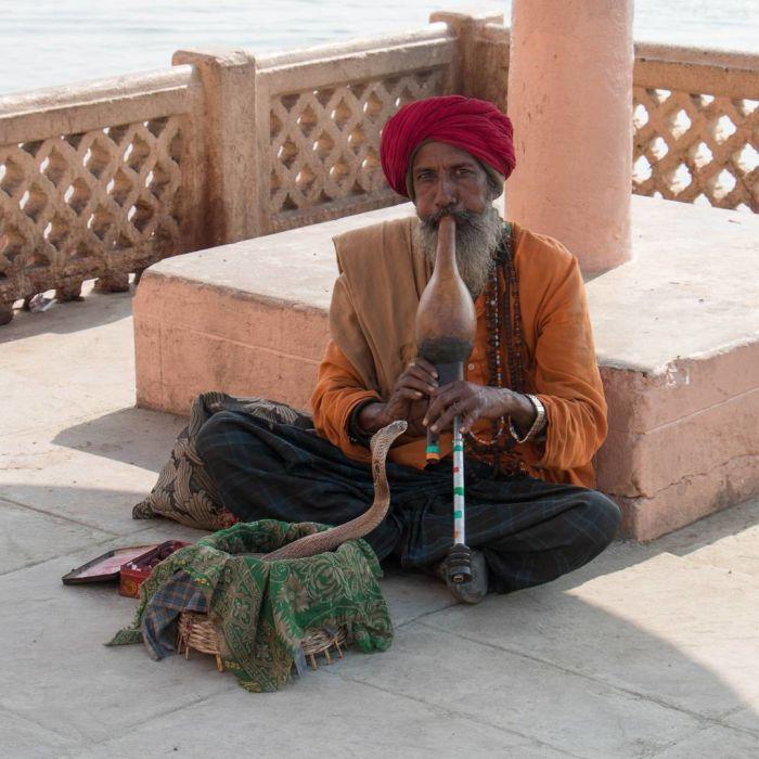 Варанаси - священный город-крематорий в Индии