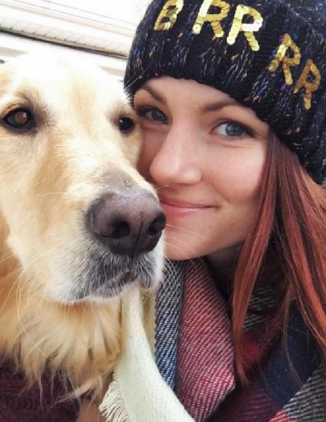 Красивые девушки и собаки
