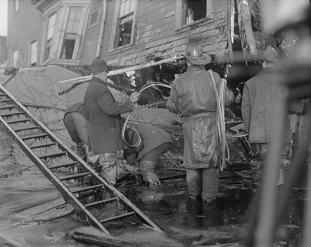 10 впечатляющих снимков сахарного потопа в Бостоне