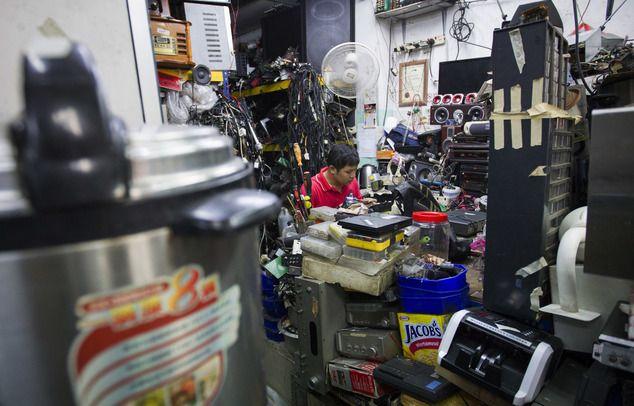 На азиатских свалках электроники