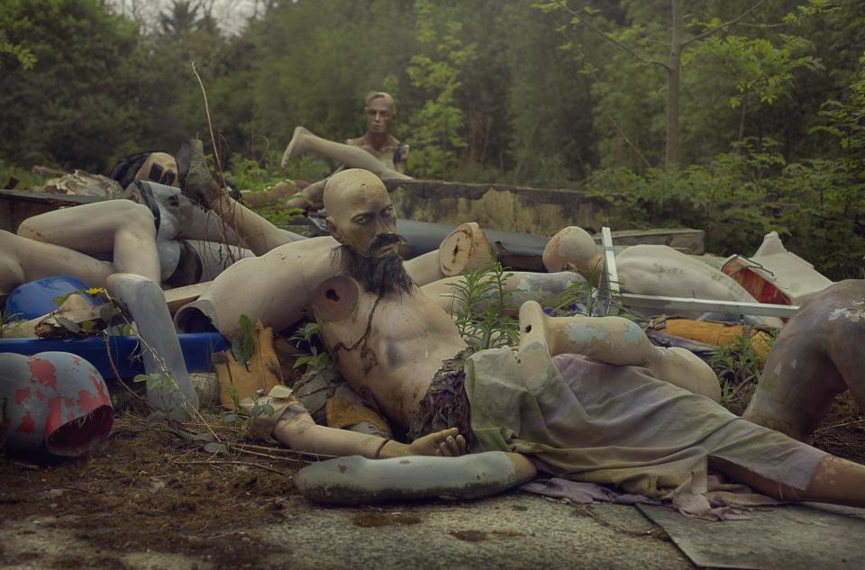 Кладбище манекенов возле Ньюкасла