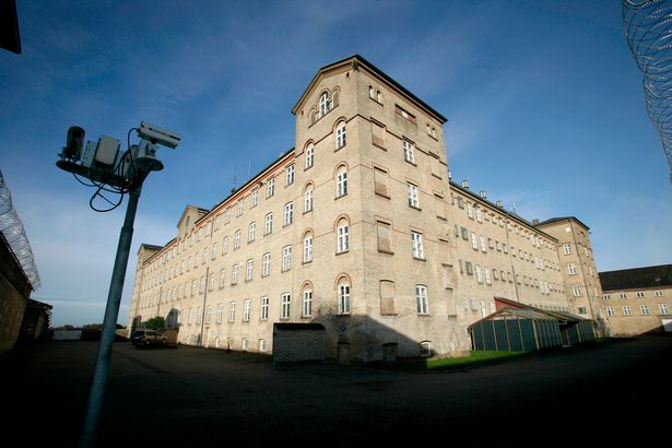 Гостиница в тюрьме