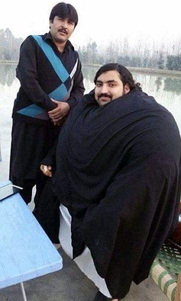 Пакистанский гигант
