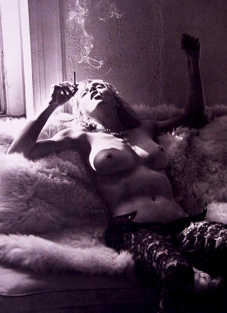 Мадонна голая порно фото фраза