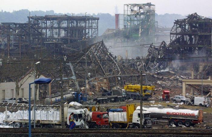Самые крупные аварии на техногенных объектах в XXI веке