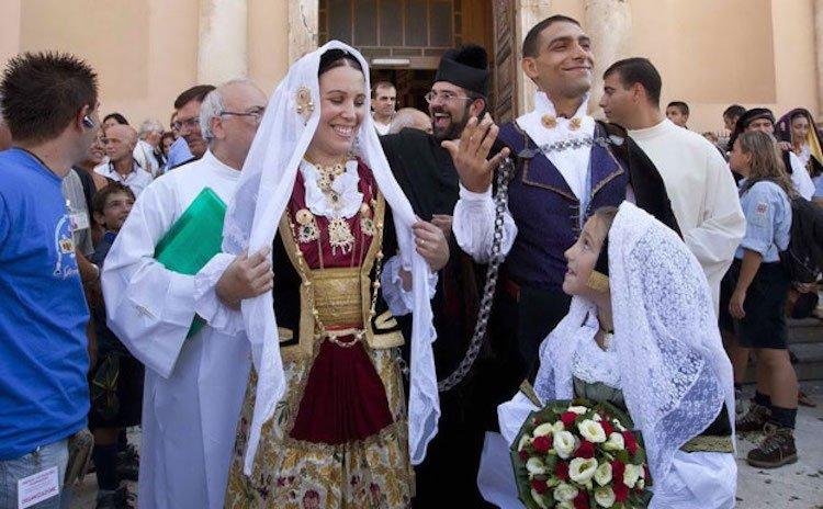 Традиционные свадебные наряды со всего мира. ФОТО