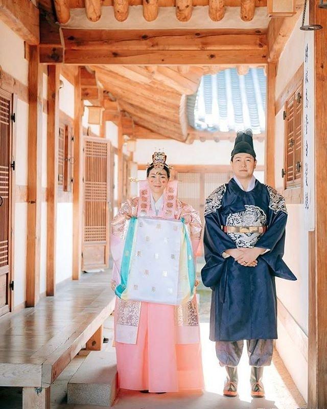 tradicionnye-svadebnye-naryady-so-vsego-mira-16 Традиционные свадебные наряды со всего мира. ФОТО