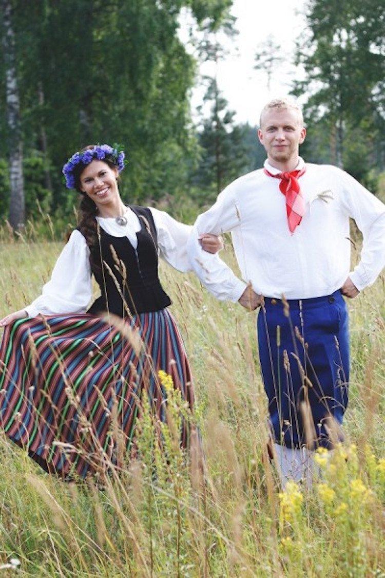 tradicionnye-svadebnye-naryady-so-vsego-mira-8 Традиционные свадебные наряды со всего мира. ФОТО