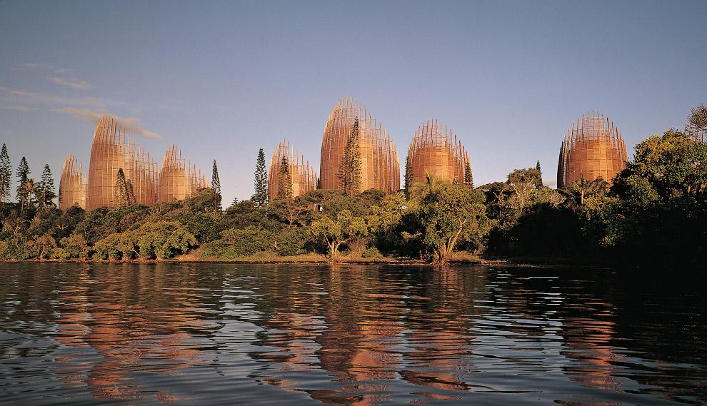 Красиві будівлі з дерева