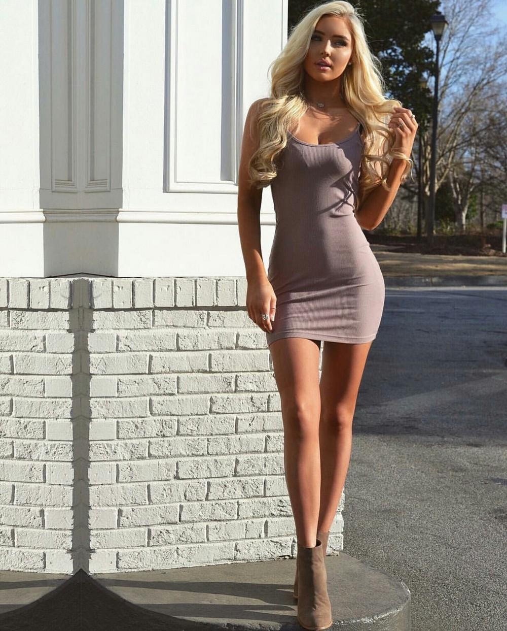 Фото русских девушек в сексуальных платьях
