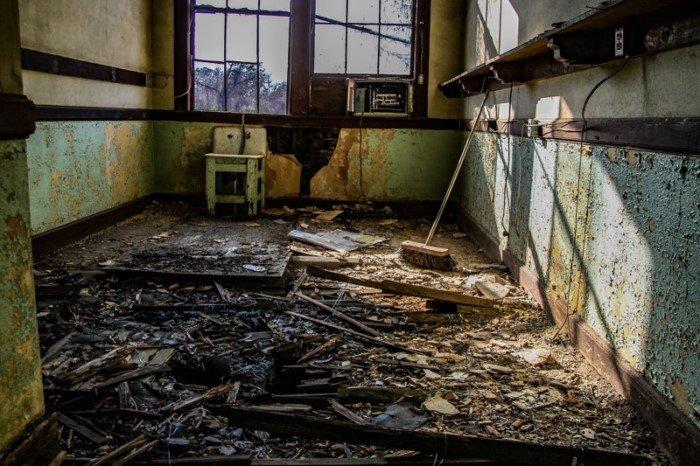 Заброшенная школа рассказала о детстве школьников 1920-х годов