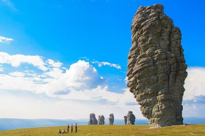 Невероятные столбы, которые можно увидеть в России