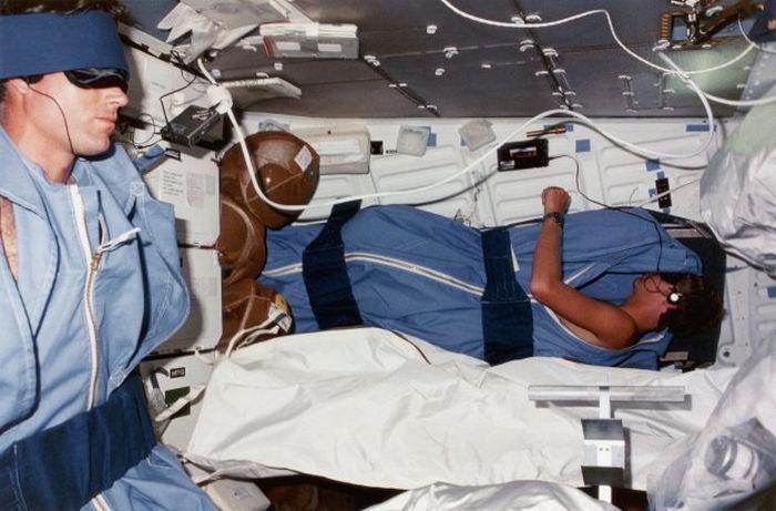 Ученые заплатят 16 000$ добровольцам, пролежавшим 2 месяца в постели