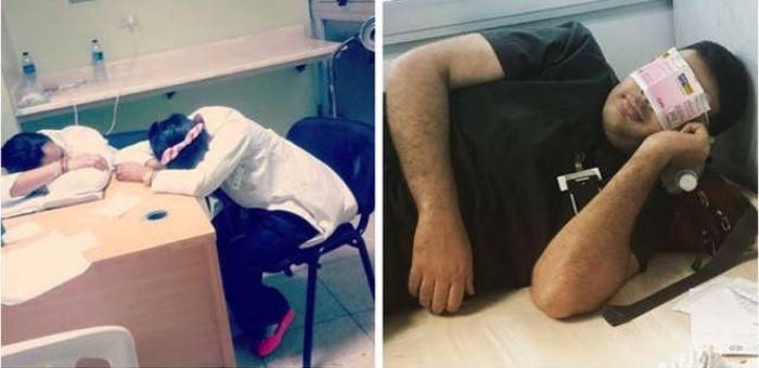 Уставшие и уснувшие медработники