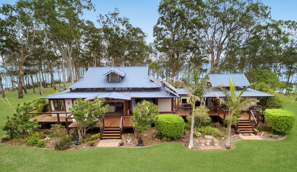 Продается остров с домом в Австралии