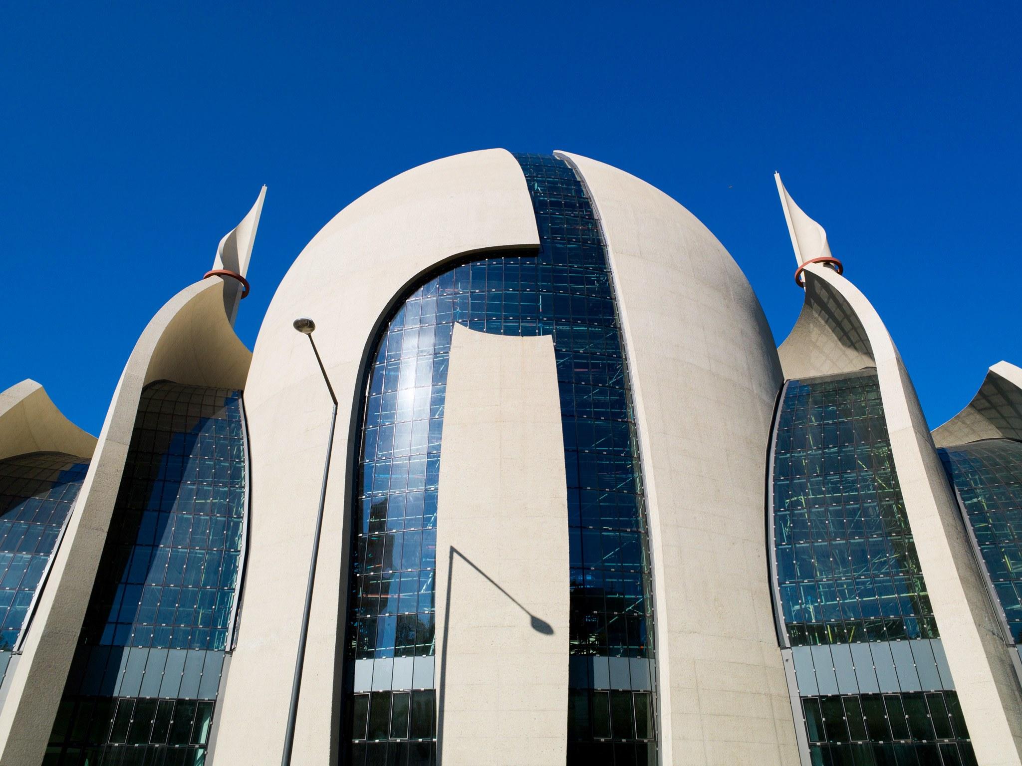 Мечети - настоящие шедевры архитектуры