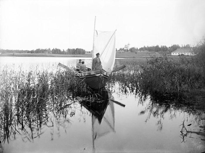 Волга от истока до Каспия на рубеже XIX и XX века