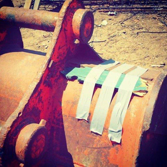 Шедевры настоящих мастеров ремонта: изолента и скотч