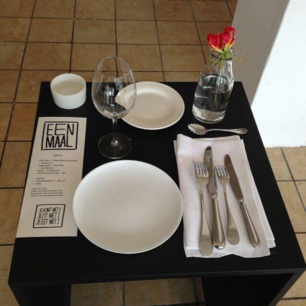 Ресторан для любителей есть в одиночестве