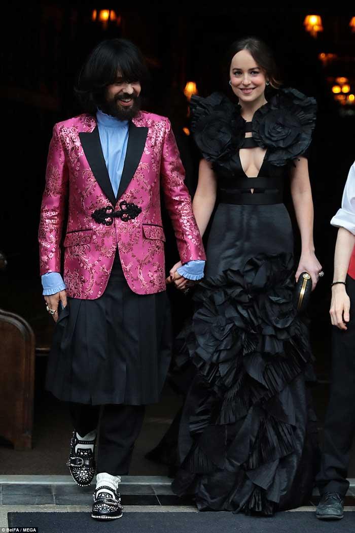 Смелые и скандальные наряды Met Gala 2017