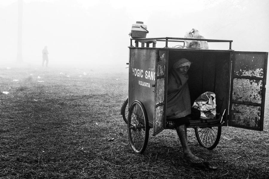 25-й час от фотографа Канишка Мукерджи