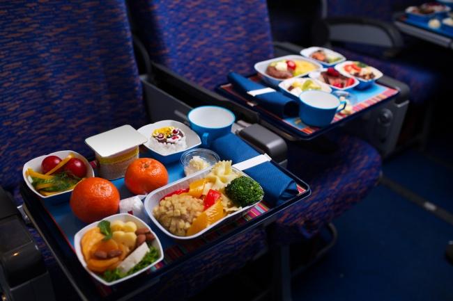 10 секретов от стюардесс, о которых не догадываются пассажиры