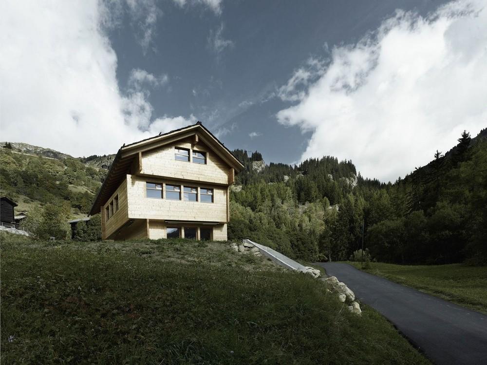 Домик в живописном уголке Швейцарии