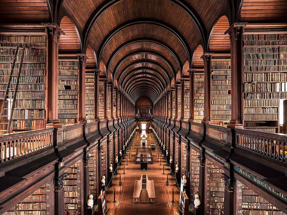 Библиотеки Европы на снимках Тибо Пуарье