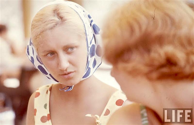 Советская молодёжь 1960-х в объективе американского фотографа Билла Эпприджа