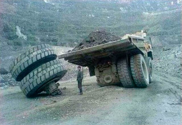 Большие машины попали в большие неприятности