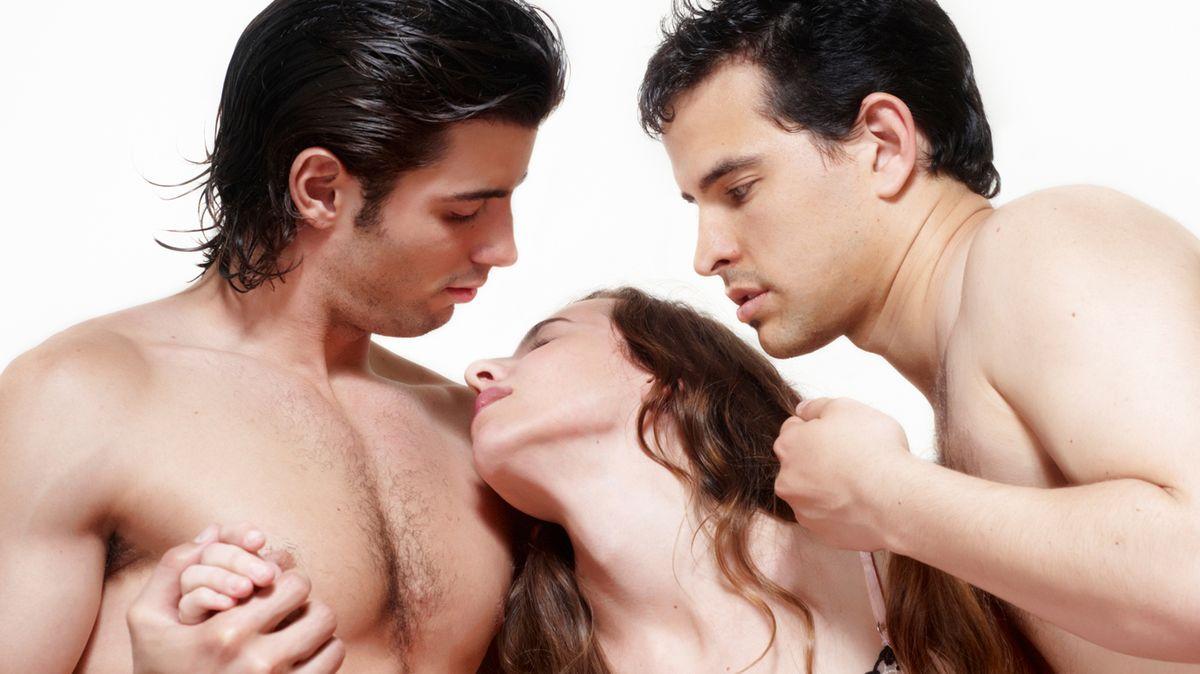pochemu-paren-hochet-seks-vtroem
