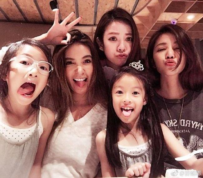 Семья нестареющих женщин на Тайване