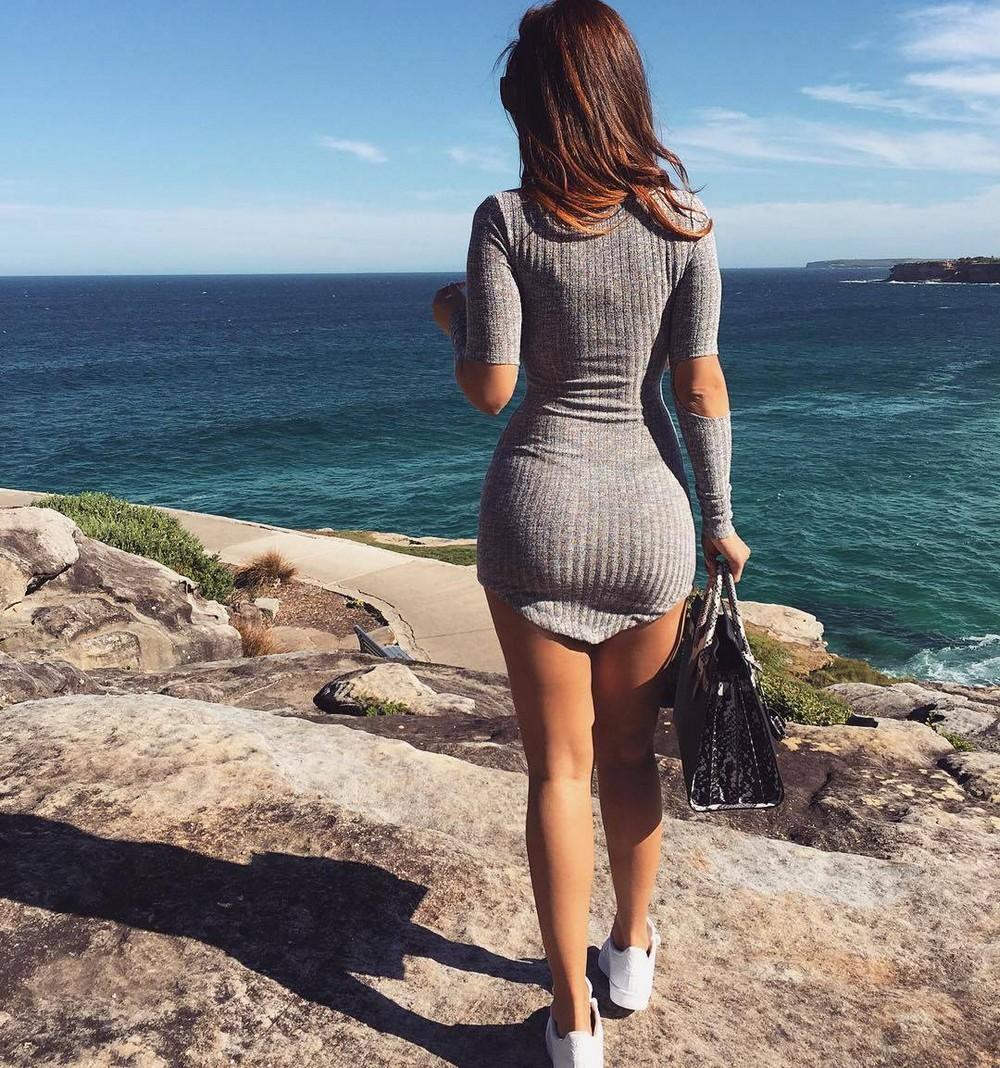 Красивые фотографии : Ничего не сидит так красиво на девушке, как обтягивающее платье!