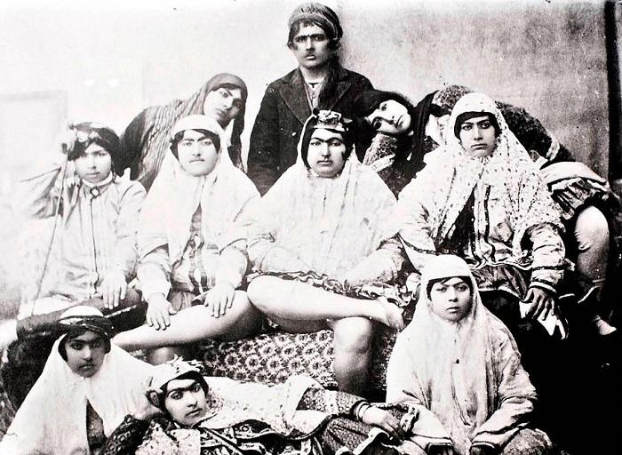 Как менялась мода иранских женщин с начала ХХ века