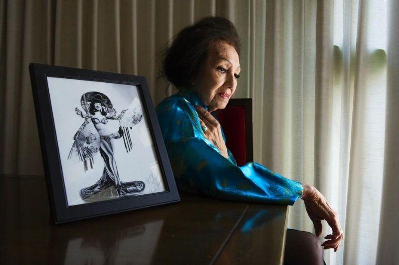 Стриптизерши на пенсии в объективе Мари Баронет