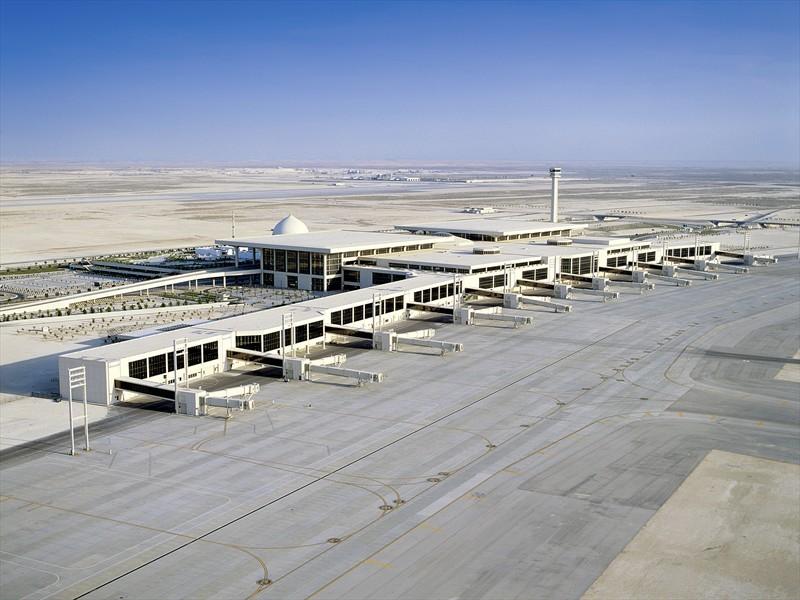 25 самых ужасных аэропортов со всего мира